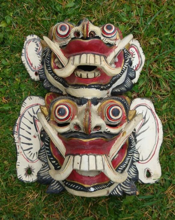 Masque traditionnel Garuda en bois de haute qualité